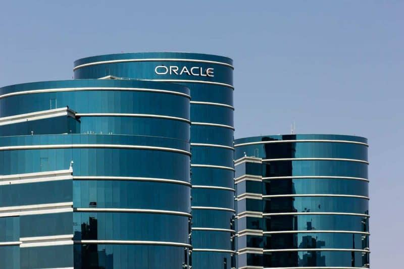 Database Giant Oracle Joins Hyperledger Blockchain Project